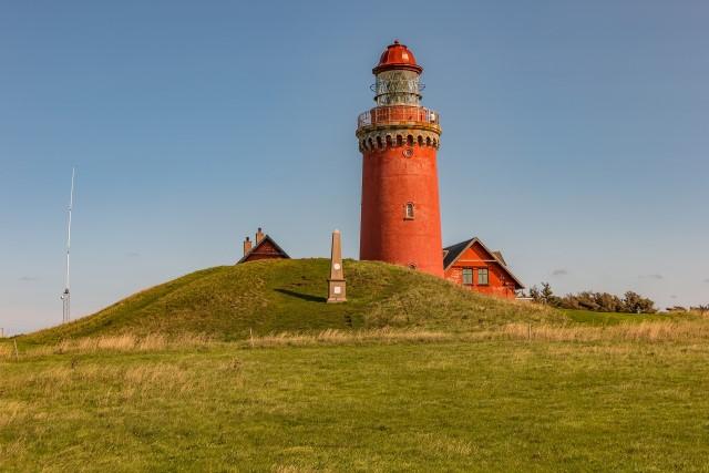 lighthouse-3681994_1920 (Custom)
